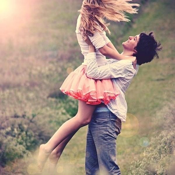 Romantic-Couple-Photography2-600x600